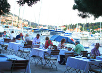 Ресторан Orsan Yachting Club