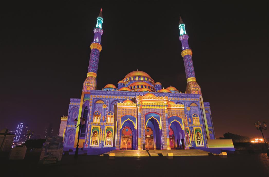 Картинки по запросу Фестиваль Света в Шардже, ОАЭ