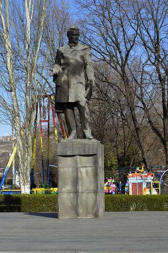 Эконом памятник Купола Златоуст Памятник с крестом на просвет Неман