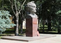 Памятник с ангелом Борзя Эконом памятник Башня с профильной резкой Вышний Волочек