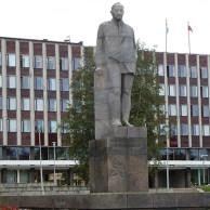 Мемориальный комплекс из малинового кварцита и гранитов Котельниково памятник на могилку Черепаново