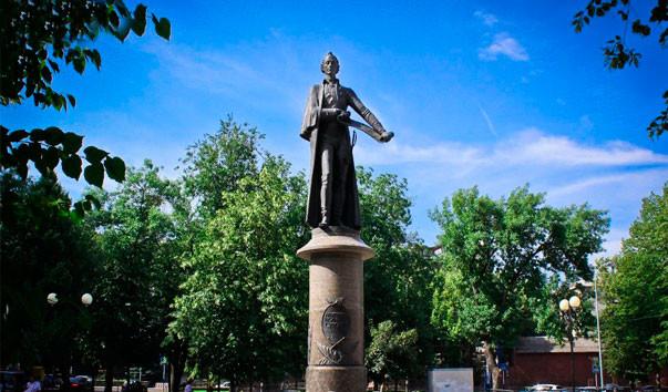 Памятники в краснодаре и их описание на надгробные памятники образцы эксклюзив