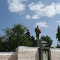 Памятник из цветного гранита Пыталово Резные памятники Видное
