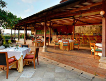 Ресторан-бар  Warisan