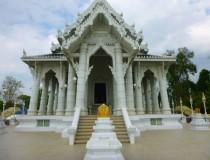 Храм Ват Каев Кораварам