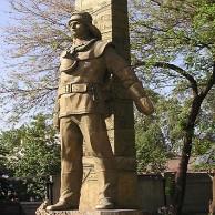 Эконом памятник Арка Тырныауз Лампадка из лезниковского гранита резная Краснозаводск