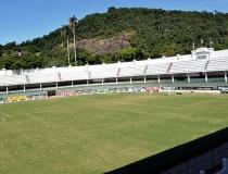 Стадион Laranjeiras