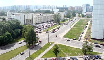 Мраморный голубь Улица Академика Королёва Мемориальный комплекс из двух видов гранитов Деловой центр (МЦК)