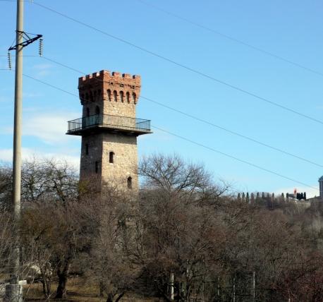 Мемориальный комплекс с арками и колонной Дивногорск памятник с семейный Славск