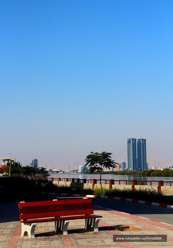 Ras Al Khaimah - на городской набережной