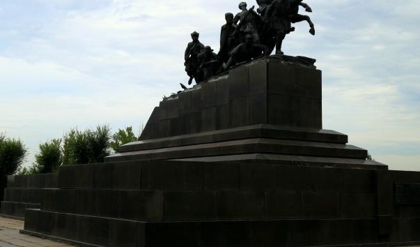 Цена на памятники в гродно саранске заказать памятник в тольятти цены