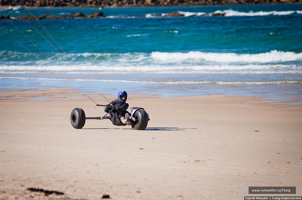 Кайтер на пляже в Пенише