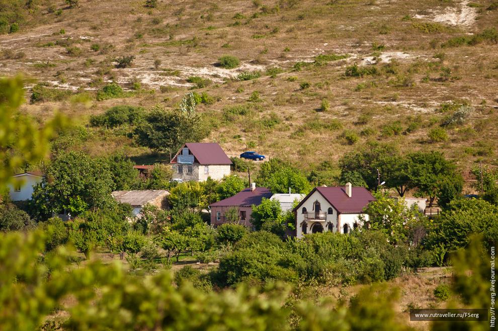 Клевый домик справа