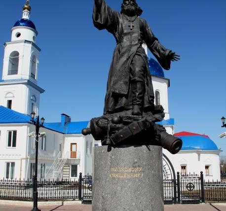 Памятник с крестом на просвет Воркута самым долговечным является гранитное надгробие на