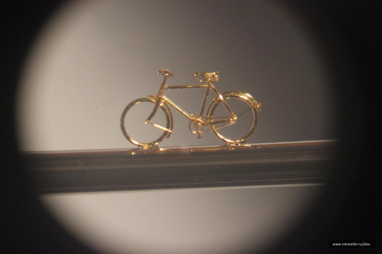 Велосипед на швейной игле
