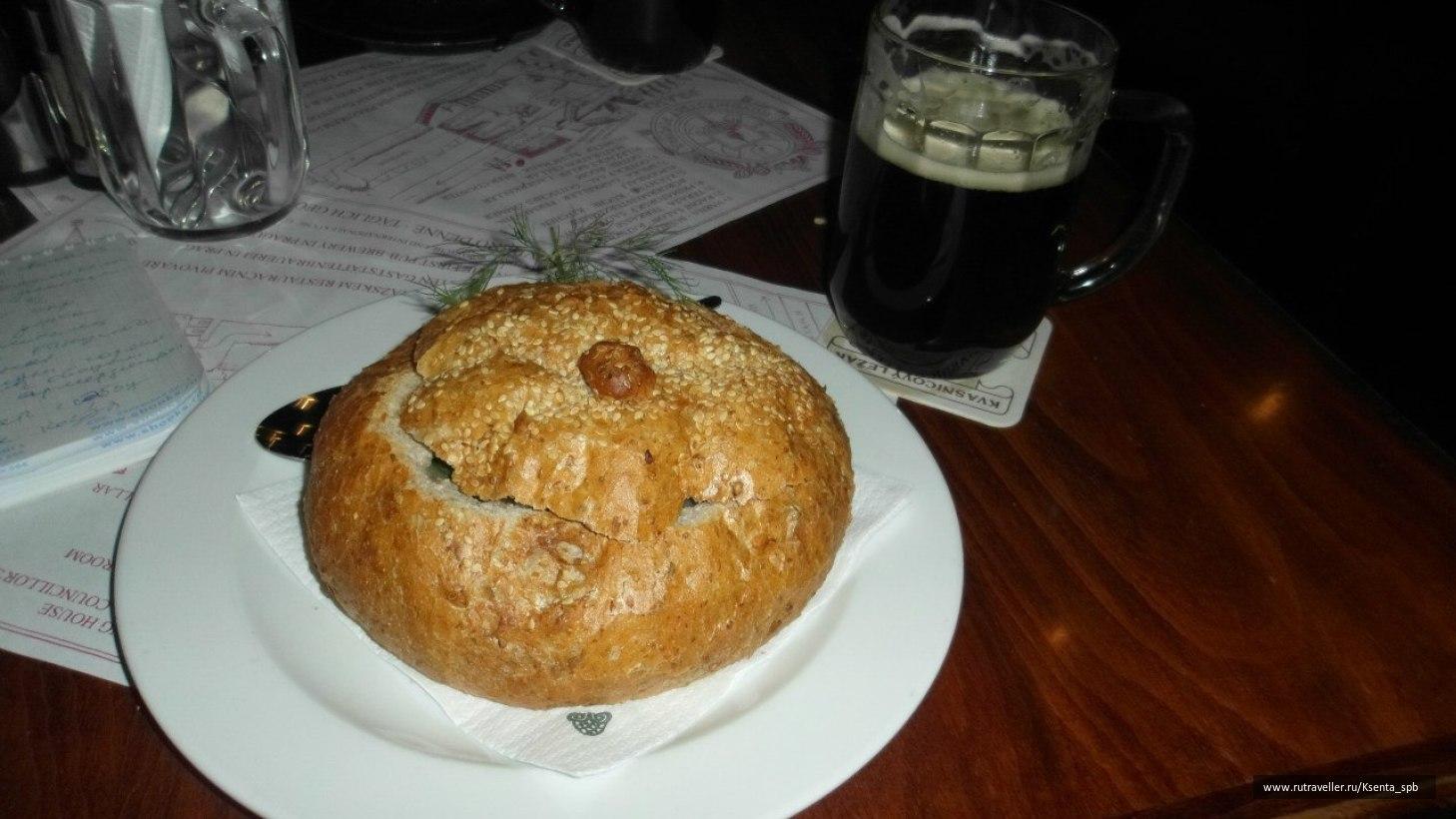 суп в хлебной буханке