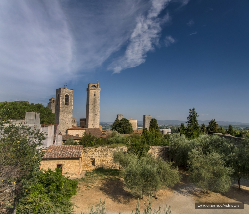 San_Gimignano_2012-0302 Panorama