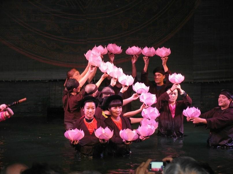 театр кукол на воде
