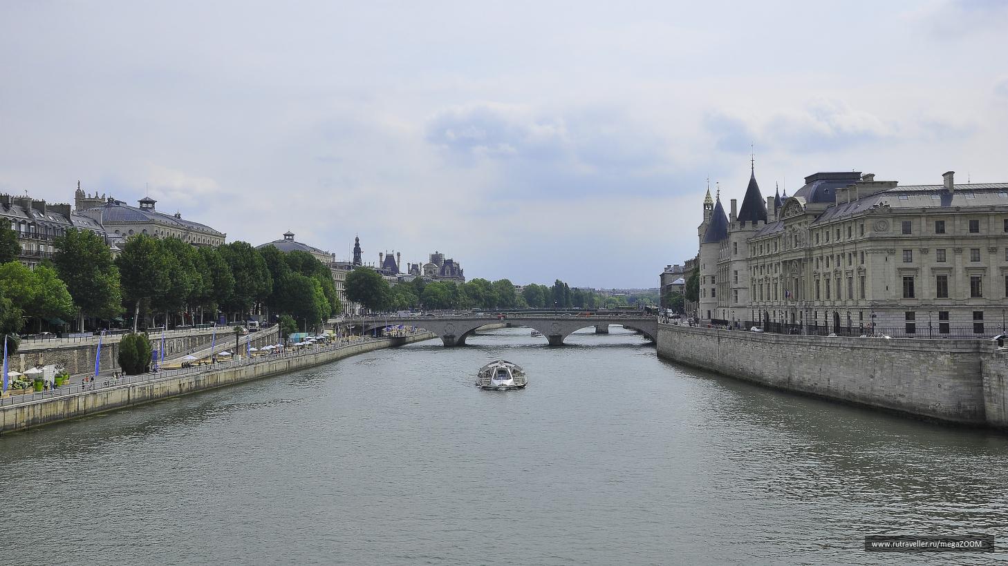 Набережные Сены, Париж.