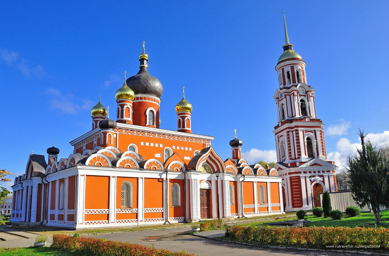 Архитектурное наследие России. Воскресенский собор в Старой Руссе.