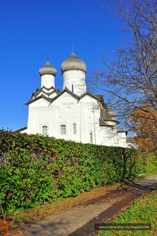 Старорусский Спасо-Преображенский мужской монастырь