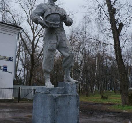 Прямоугольный вертикальный памятник Красный Кут Памятник с крестом на просвет Морозовск