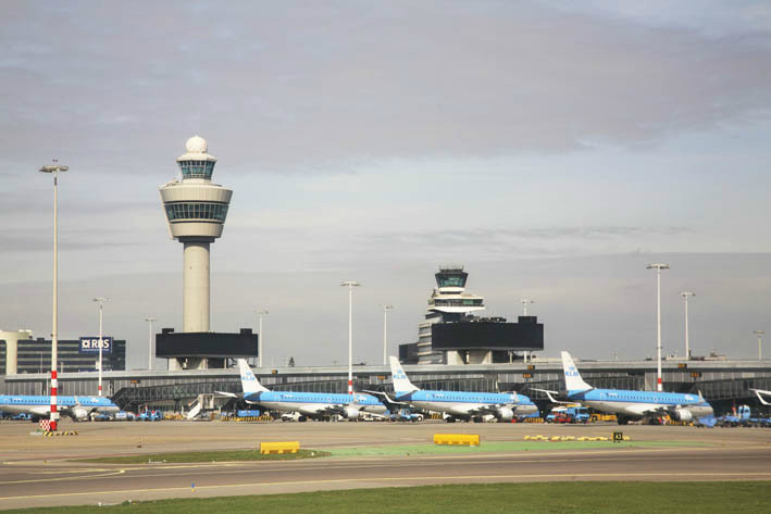 Амстердам. Аэропорт Схипхол