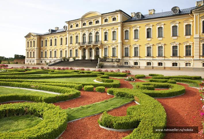 Пилсрундале.  Рундальский дворец