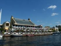 Яхт-клуб Royal