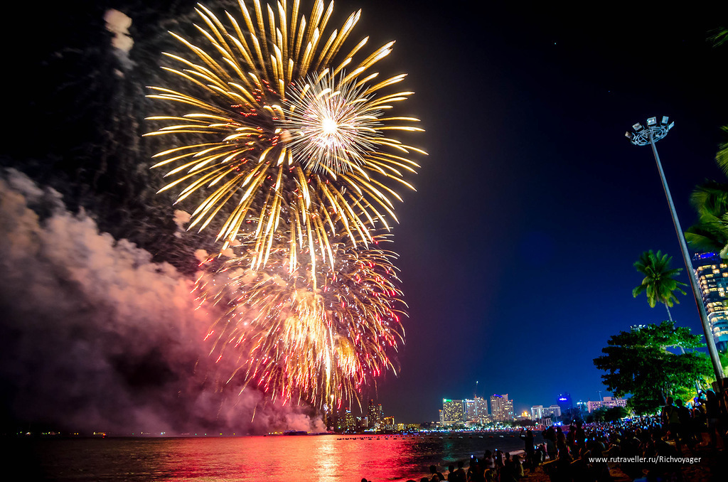 Fireworks Beach Festival - 29 Nov. 2013