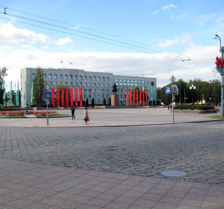 Ваза. Габбро-диабаз Десногорск как ввезти памятник на могилу из украины в россию