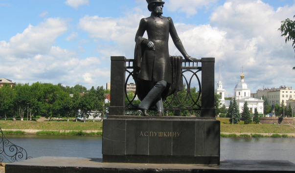 Памятники тверь цены а 2018 надгробные памятники из гранита фото украшения
