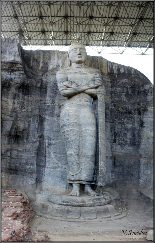 Шри-Ланка. Полоннарува. Каменный Храм Гал Вихара - самый знаменитый храм Шри Ланки.