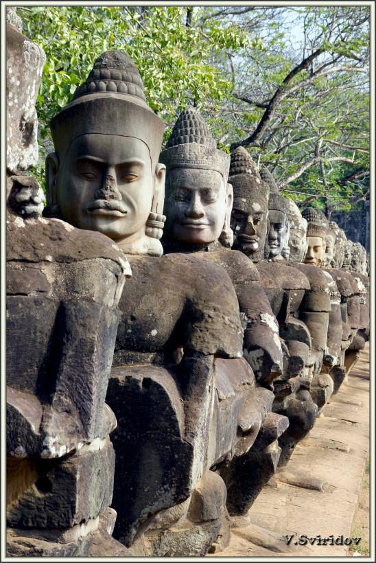 Камбоджа. Сием-Рип. Южные ворота Ангкор Том.