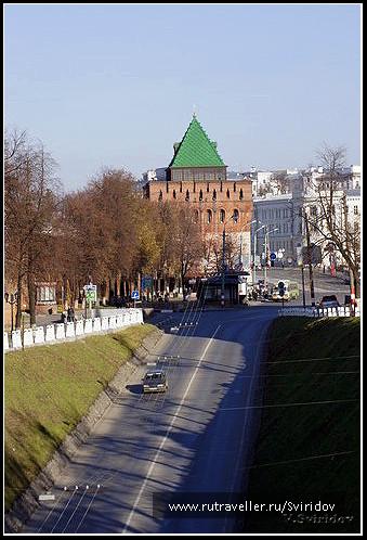 Кремль. Вид на Дмитровскую башню.