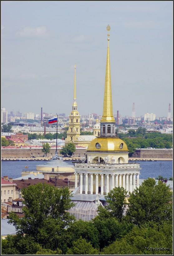 Вид со смотровой площадки Исаакиевского собора.