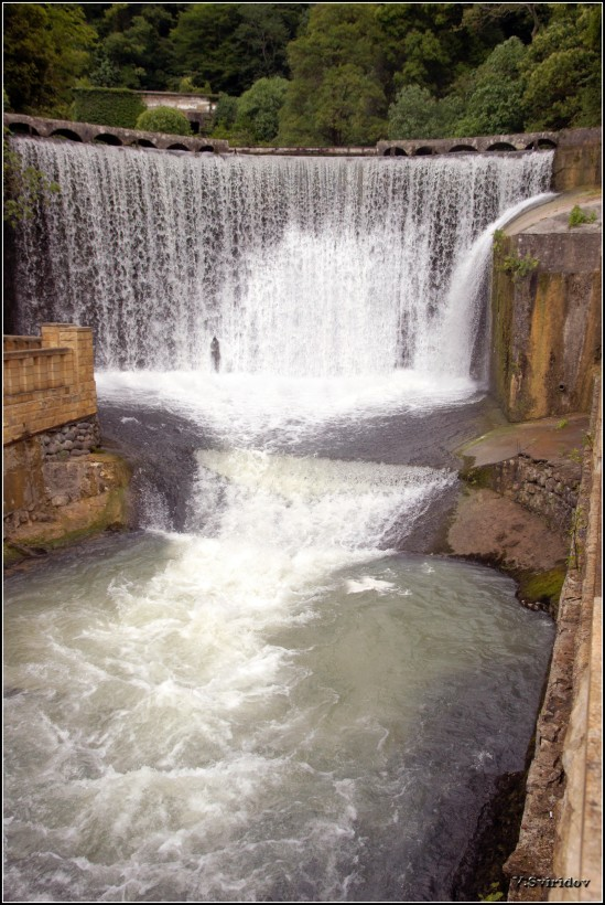 Новоафонский водопад.