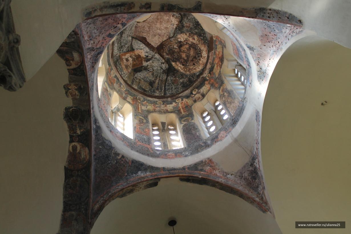 Греция. Афины.Церковь Святых Апостолов.