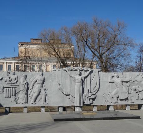 Мемориальный комплекс из двух видов гранитов Мончегорск Ваза. Габбро-диабаз Котовск